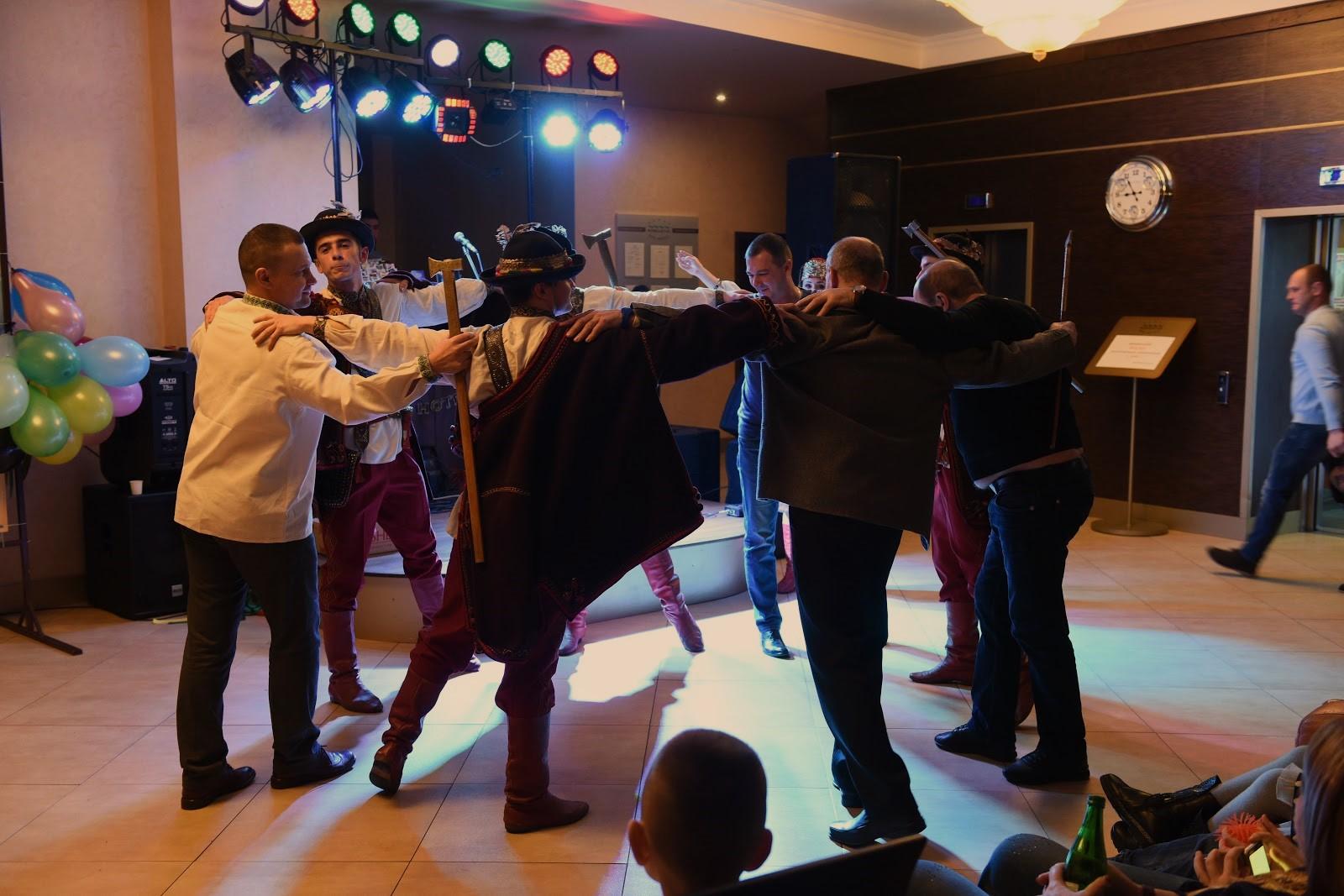танец аркан в Романтик Спа Отель картинка