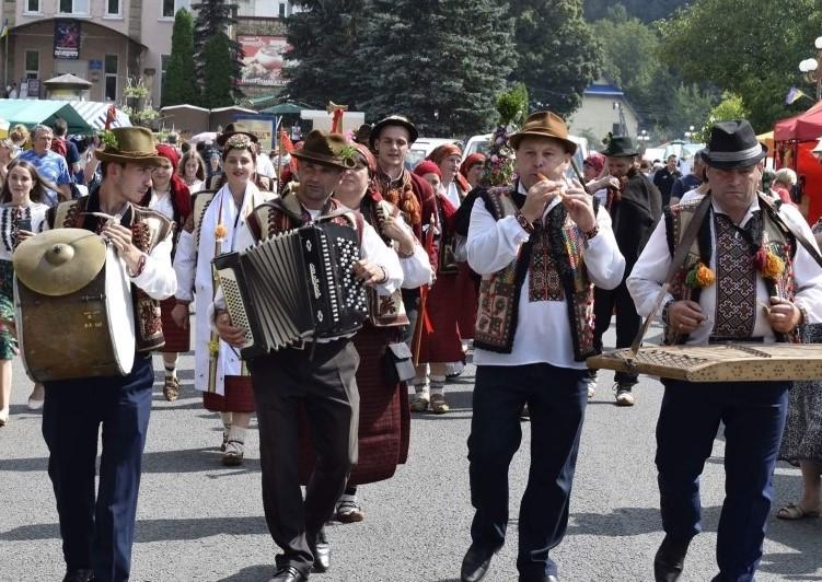 гуцульський карнавал